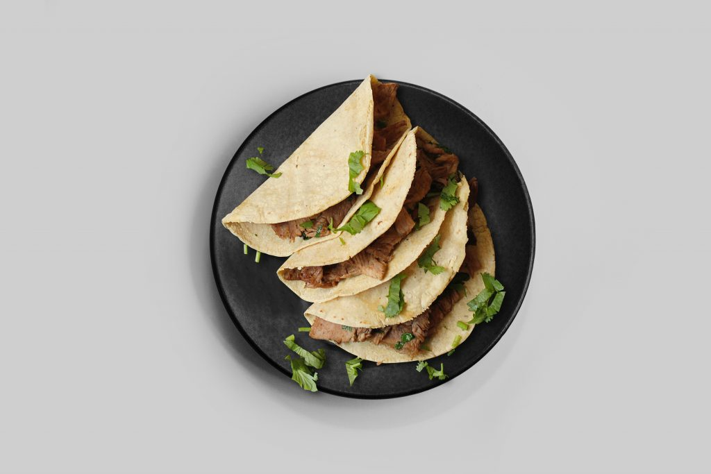 3 tacos on a plate